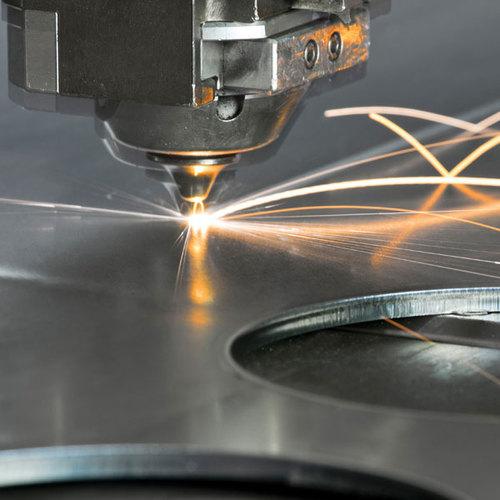 Сравнение лазерной  и плазменной резки металла
